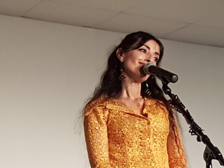 Christina Rosmini chante Brassens et enchante le pays des lavandes