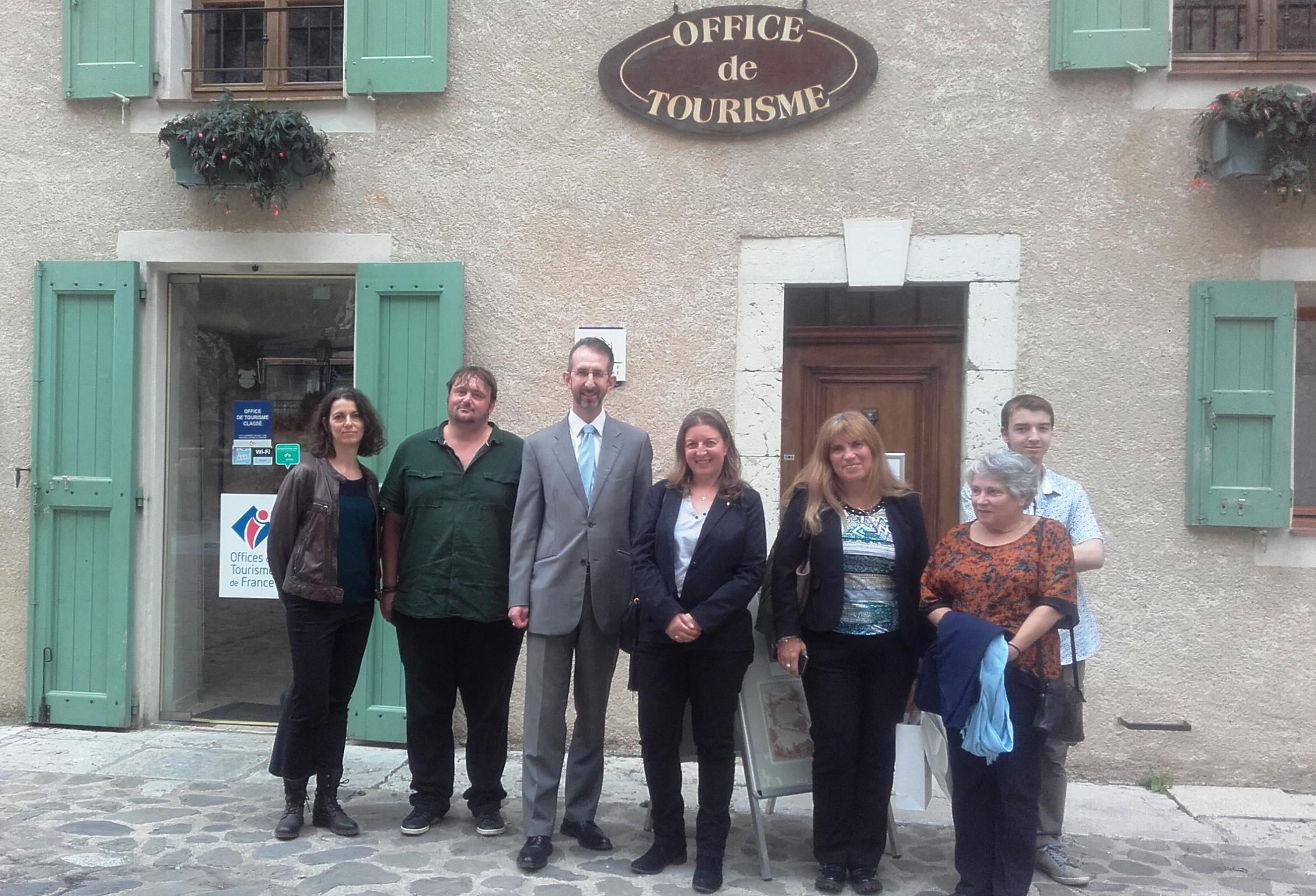 Visite du préfet Olivier Jacob à Moustiers