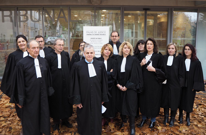 Les avocats toujours en colère