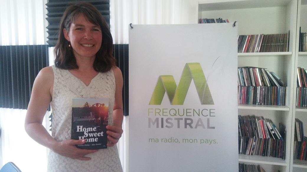 Maya Michalon est éditrice...