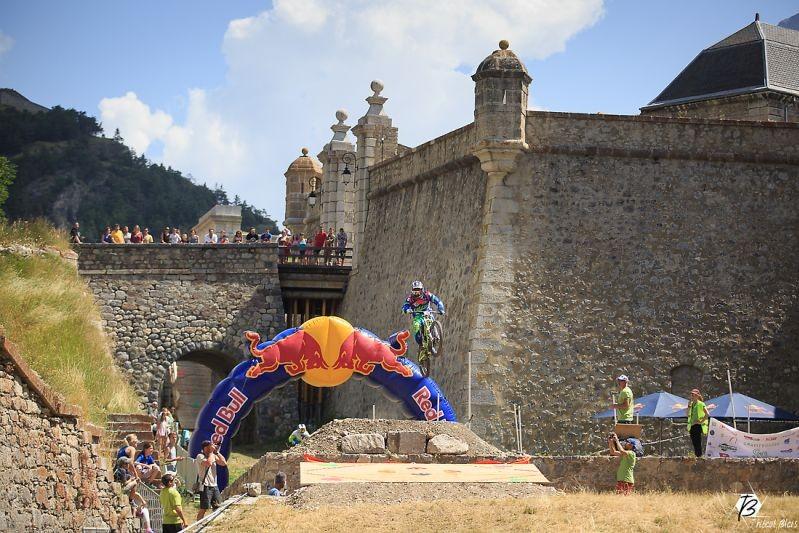 la course de Descente Urbaine à Briançon Serre Chevalier revient !