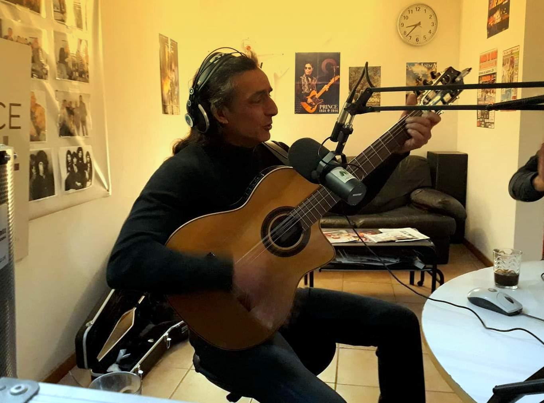 Olé, spécial musique gitane avec Philou, Thomas et Pepito !