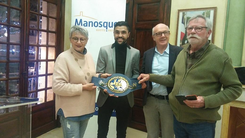 Manosque honore Karim Guerfi