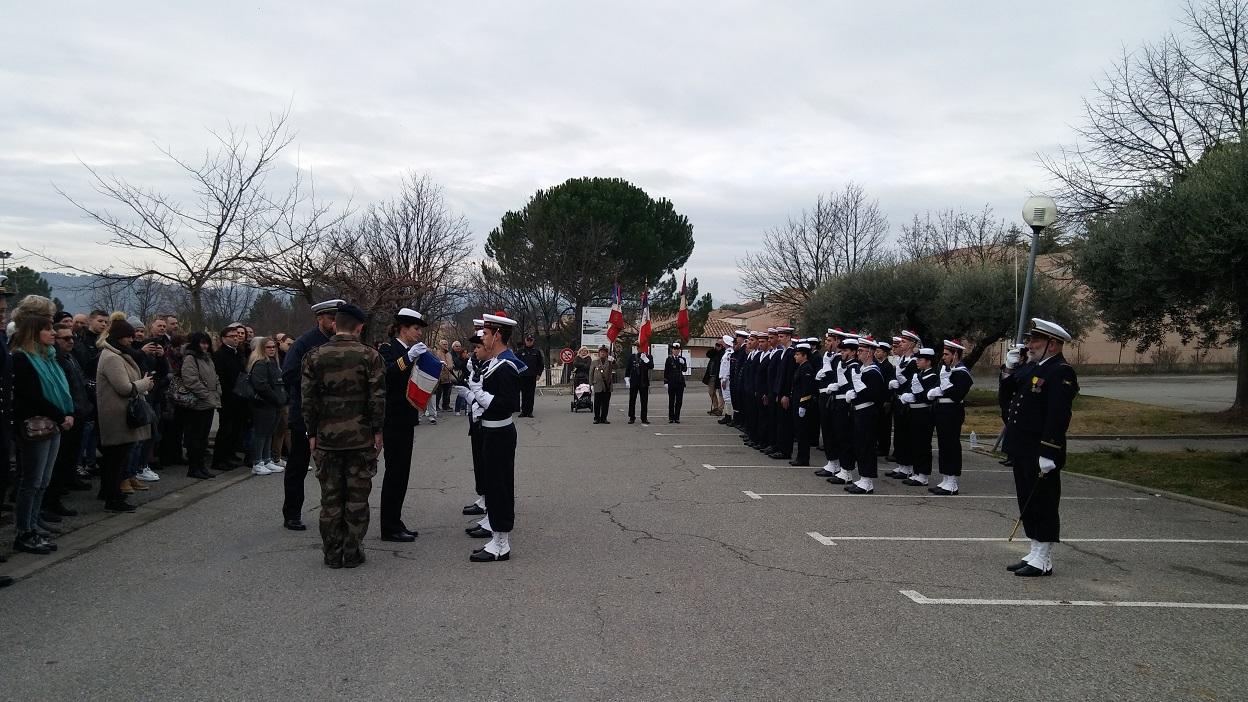 Un fanion pour les apprentis marins des Alpes de Haute-Provence