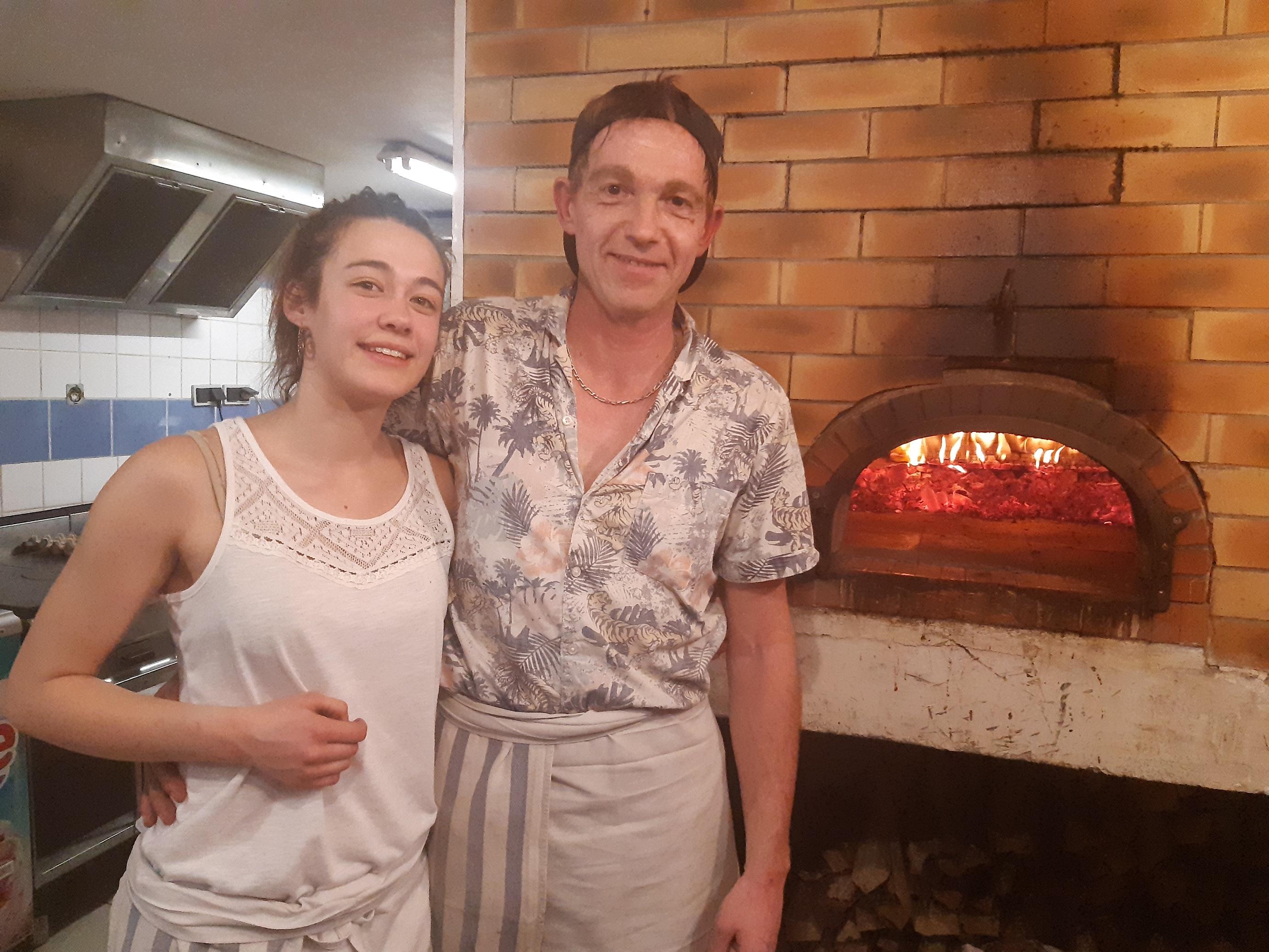 Des pizzas comme autrefois à la tour de pizz à Briançon