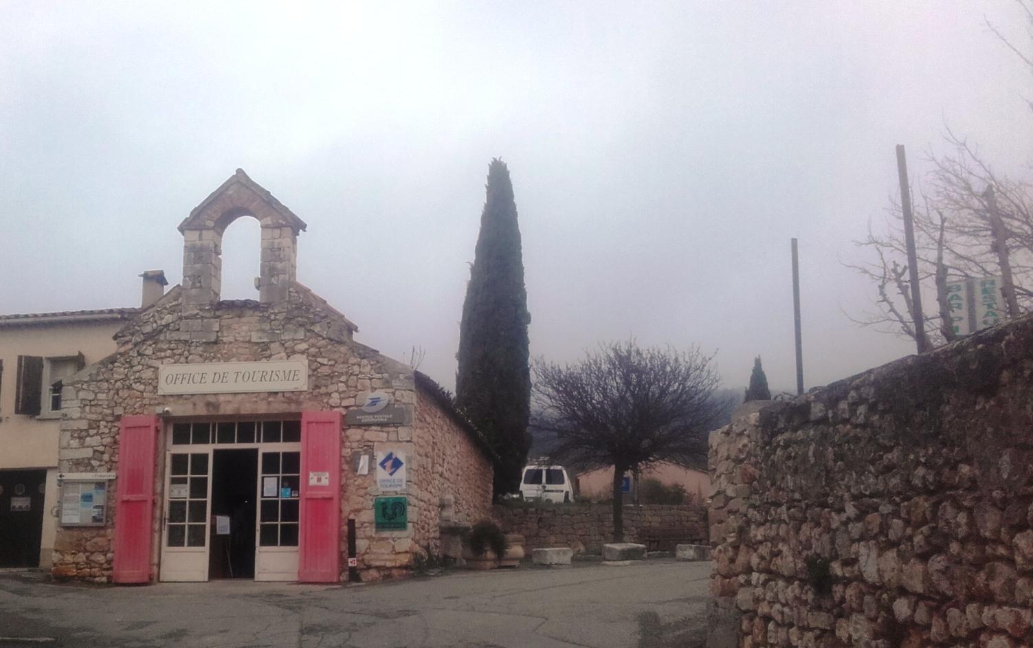 A Quinson l'agence postale communale reste ouverte