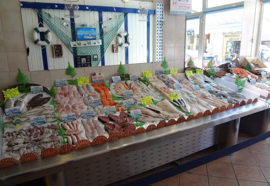 La seule poissonnerie traditionnelle dans les Hautes-Alpes est toujours ouverte