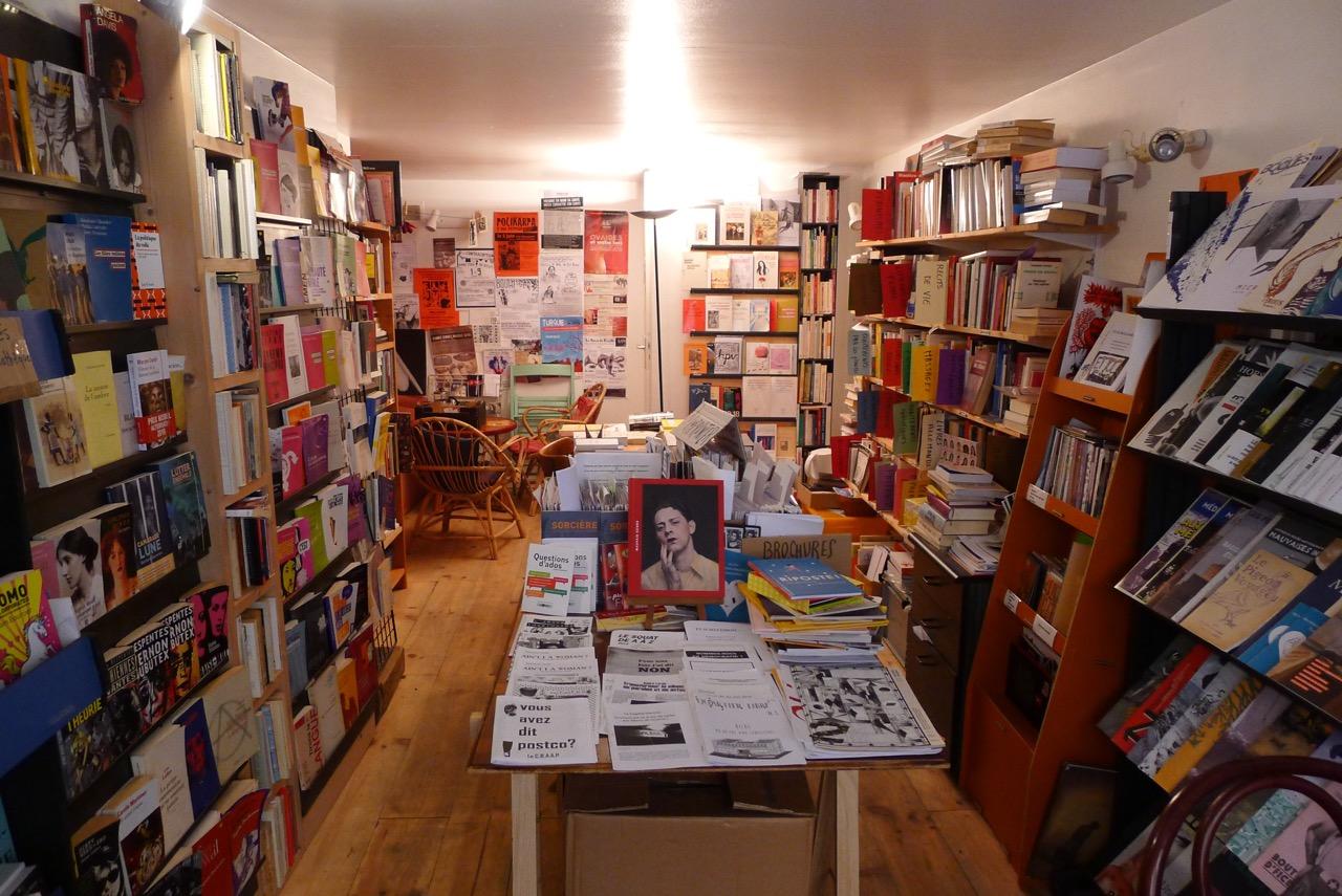 Une bibliothèque féministe à Forcalquier