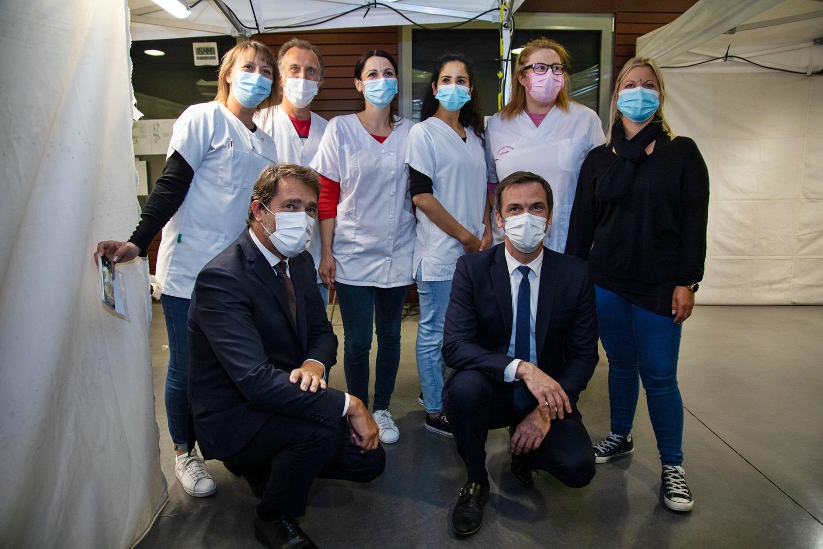 Olivier Véran, un ministre sur Le terrain… des vaccins !