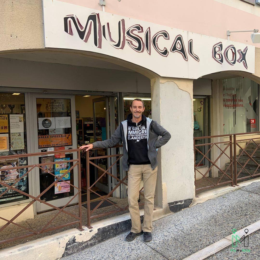 MUSICAL BOX véritable point de rencontres de musiciens
