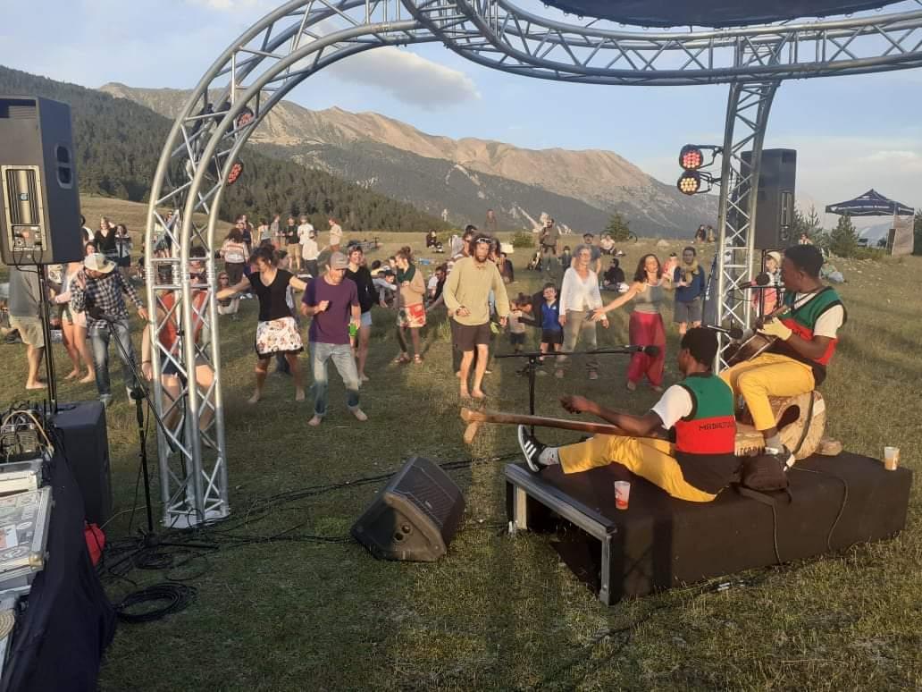 Un Concert panoramique au magnifique plateau du Tronchet