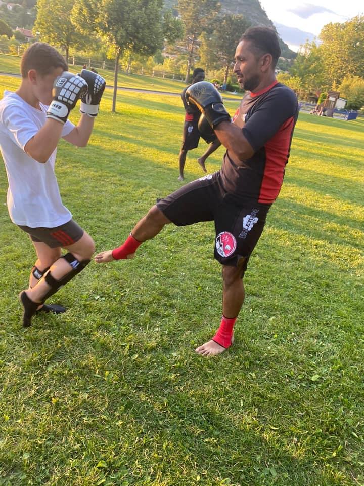 Pancrace académie dignois : un club de sport de combat qui se développe