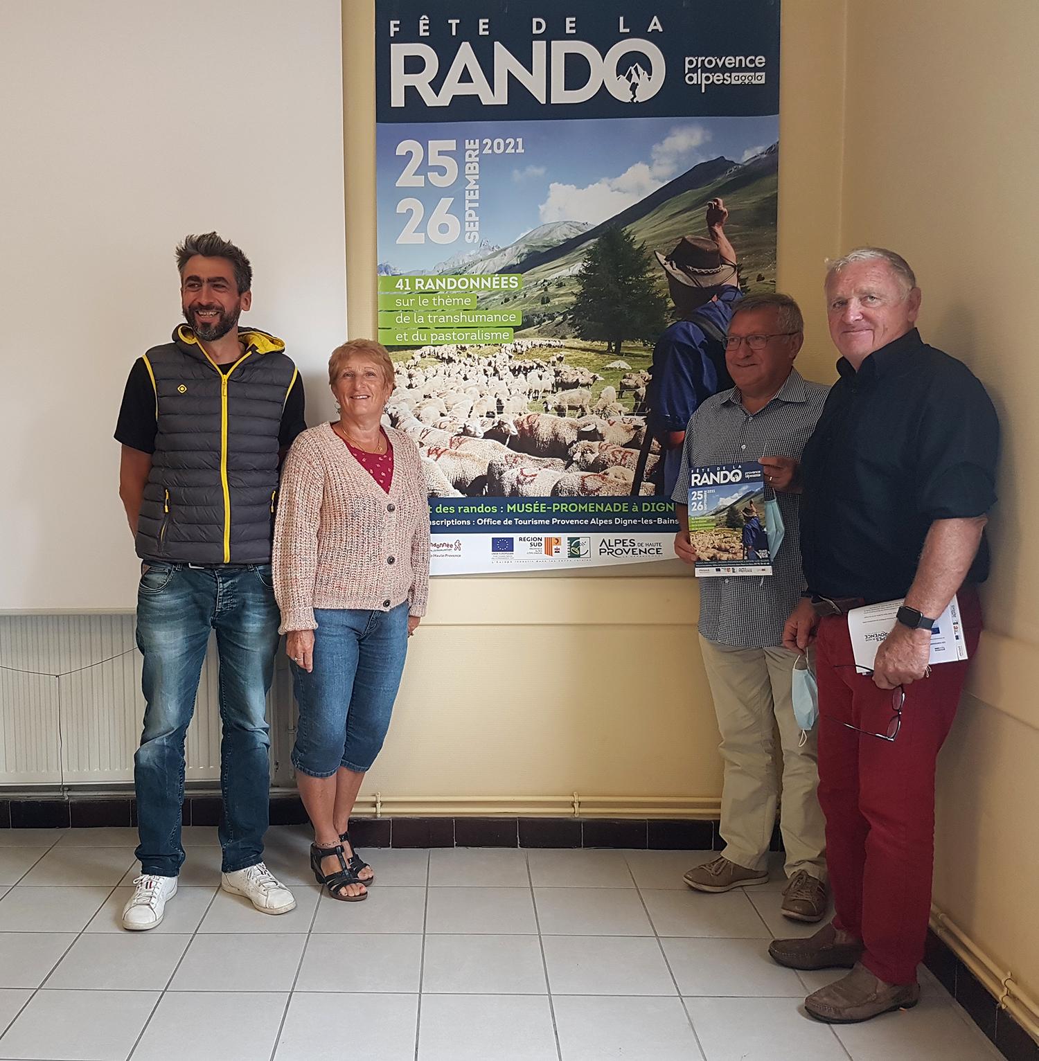 Mathieu Vincent, Aline et Jean-Marie Danthez, et Bernard Teyssier