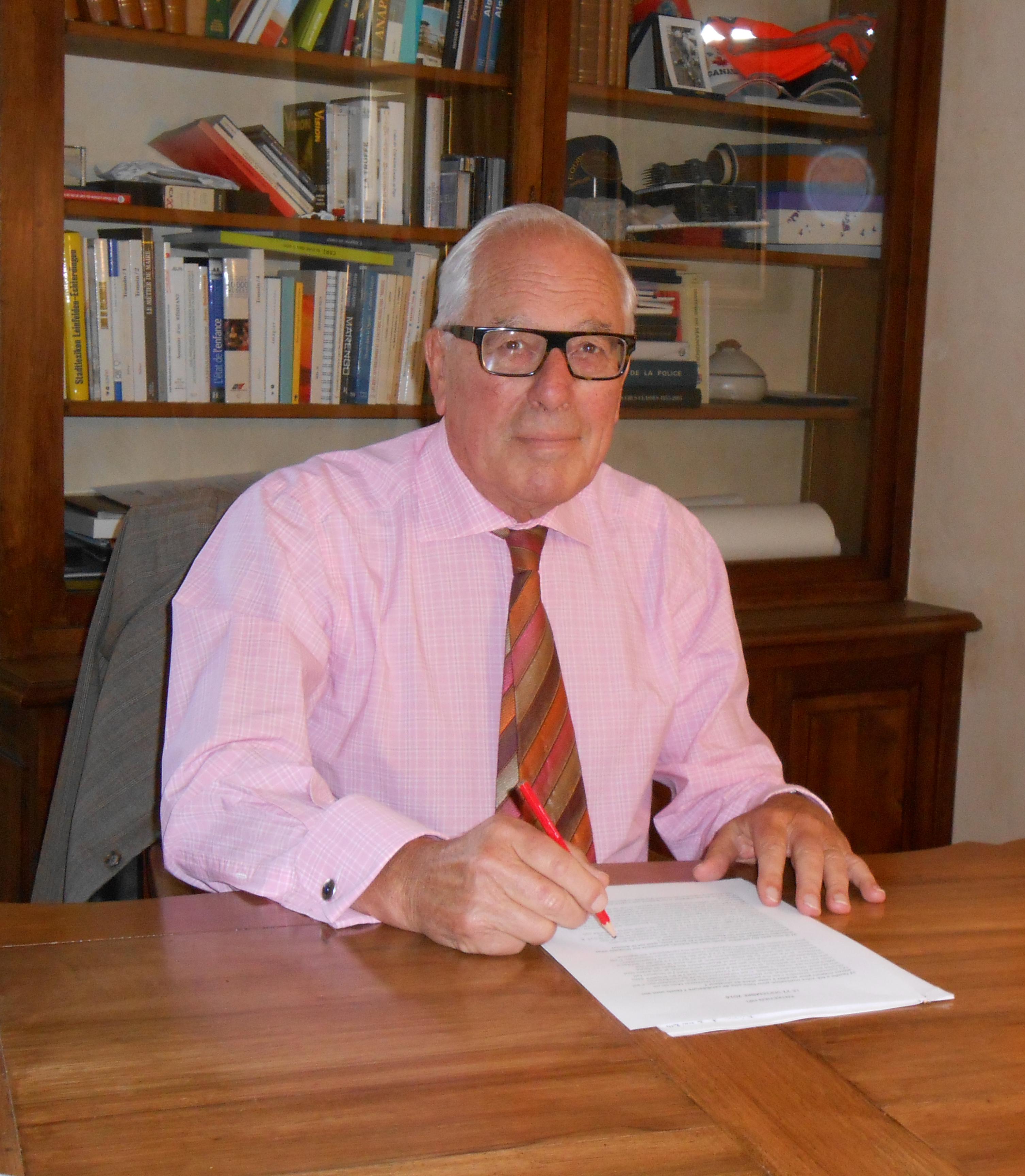 La suite des interviews des candidats aux sénatoriales, aujourd'hui nous entendrons Bernard Jeanmet