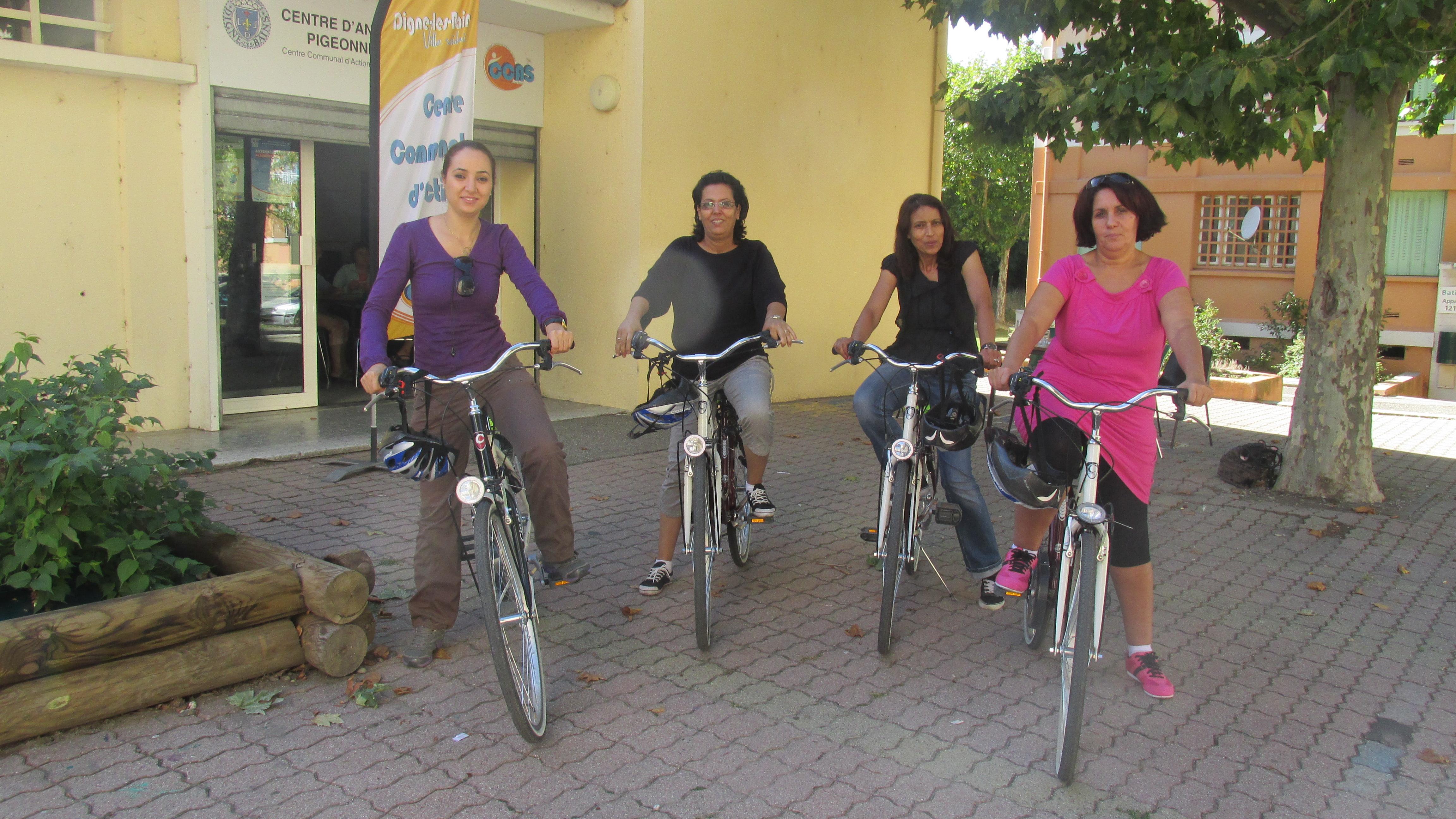 Beau succès du vélo-école pour les femmes à Digne