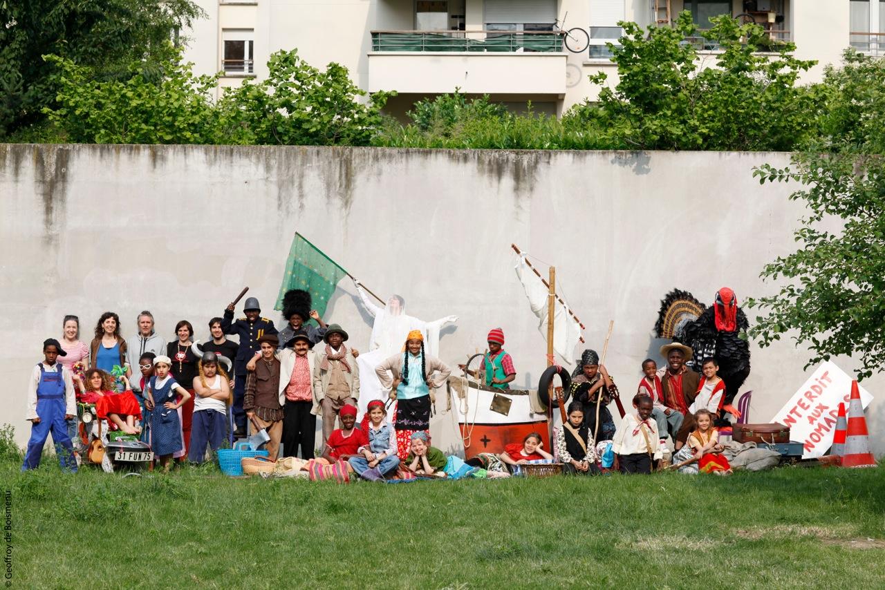 Les enfants de la Plaine St-Denis chantent l'amour et la tolérance à Briancon ! (Partie 1)