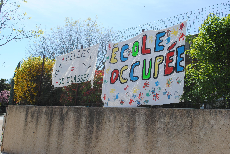 Fermeture de classe à l'école élémentaire de Volx : parents en colère !