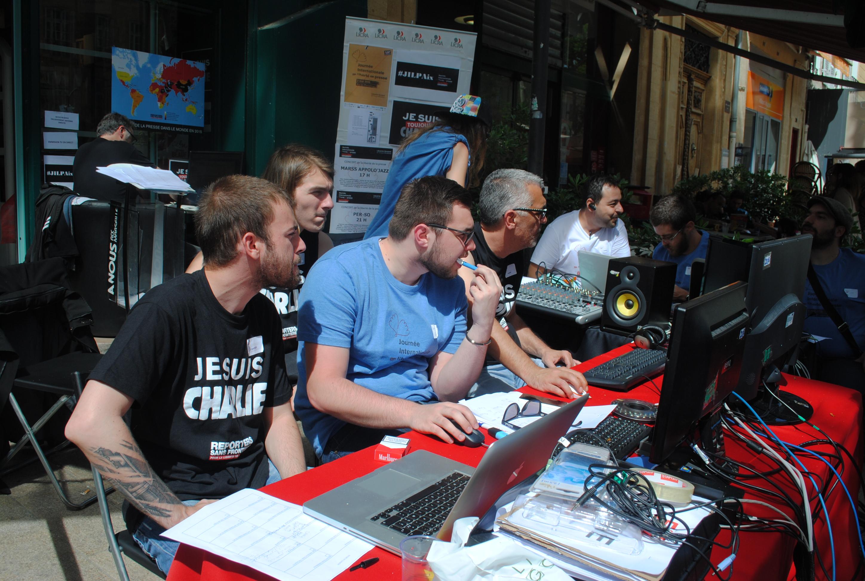 A Aix en Provence  deux générations témoignent sur la liberté de la presse
