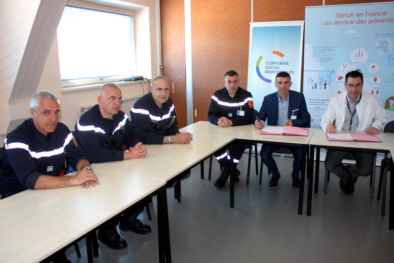 Une nouvelle convention de partenariat lie le SDIS 04 et Sanofi !