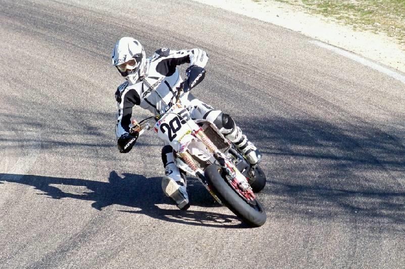 Ce dimanche la moto a la côte à Sisteron !