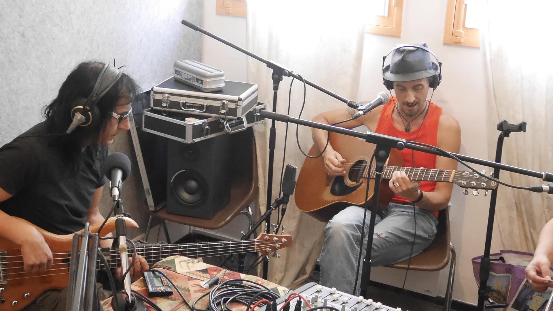 Le groupe Café Bertrand en direct à mistral, Digne