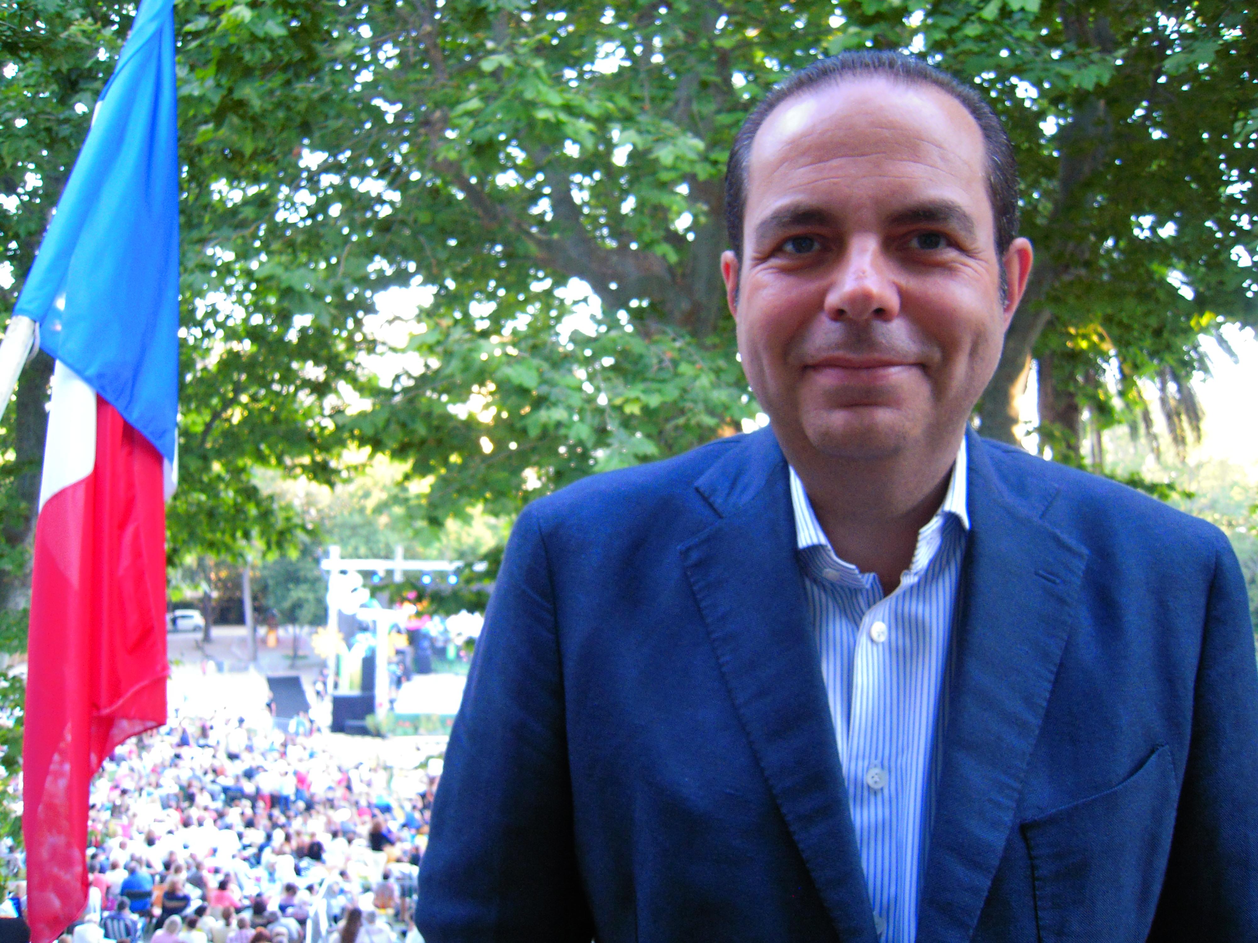 Yves Moraine Maire des 6ème & 8ème Arrondissements