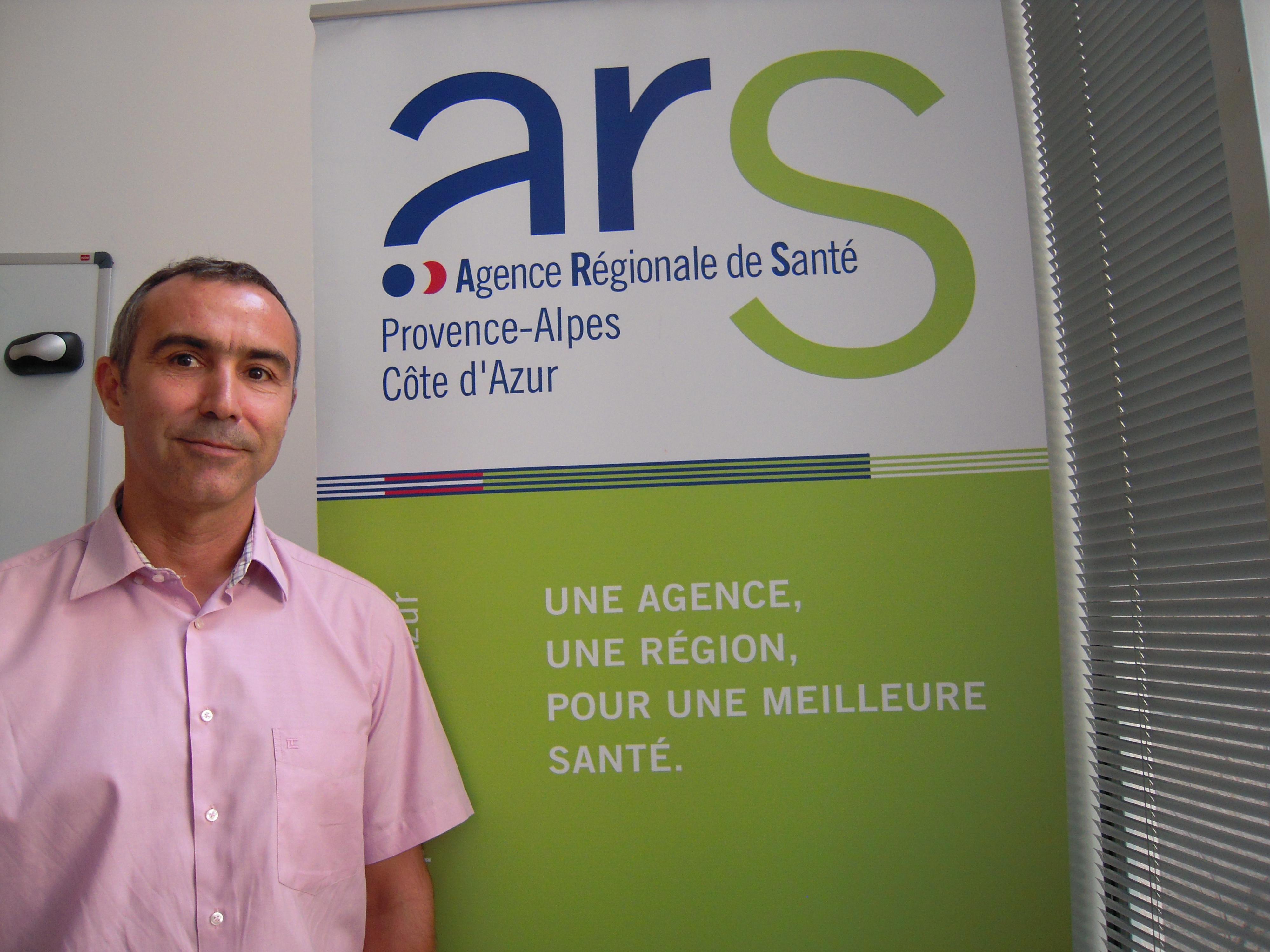 Le Docteur Manuel Munoz-Rivero, responsable de la veille et de la sécurité sanitaire à l'Agence Régionale de la Santé