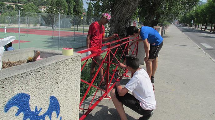 Des jeunes Dignois ont participé à l'embellissement de leur ville