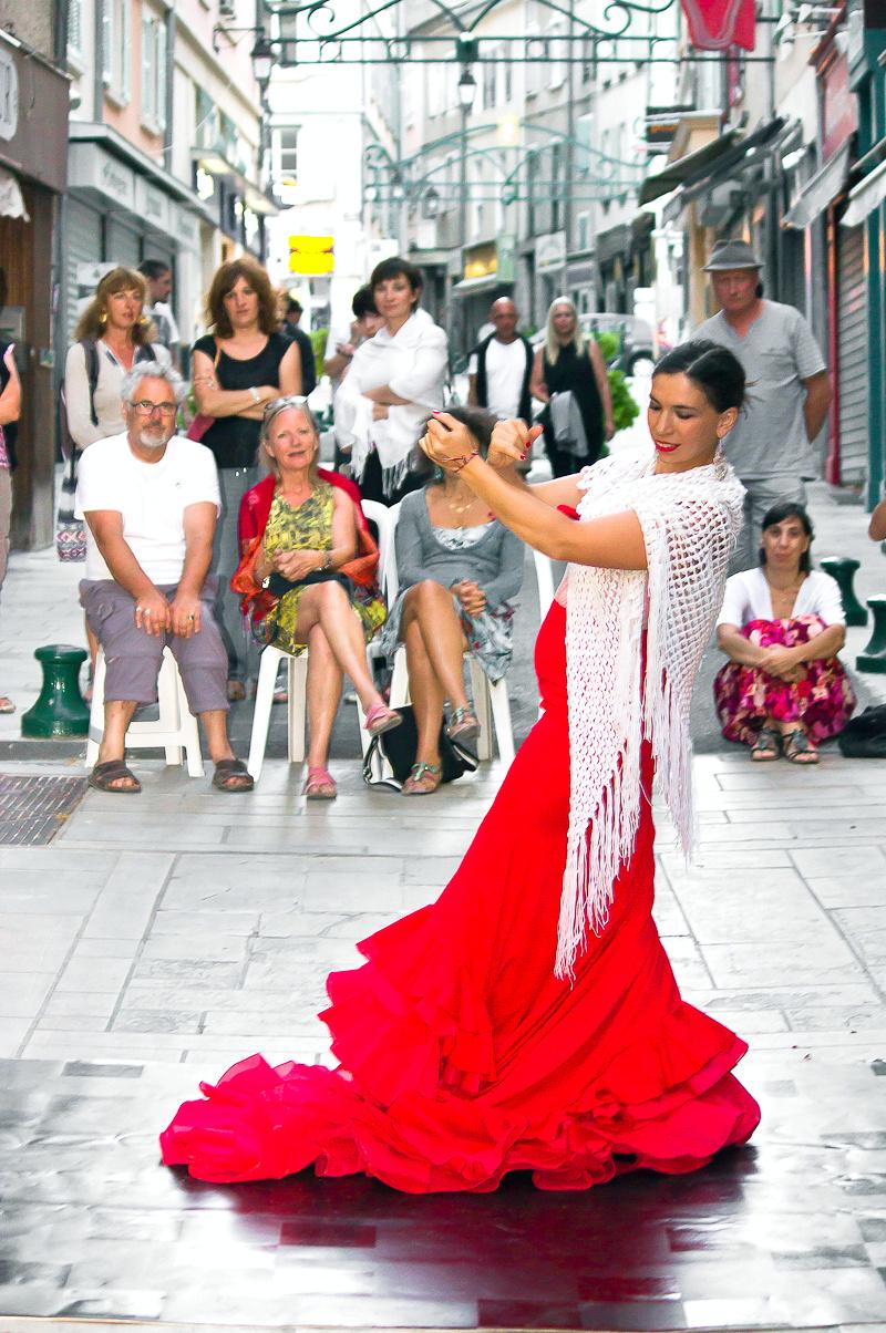 Le temps d'une étreinte, spectacle de rue pour faire chavirer les cœurs !