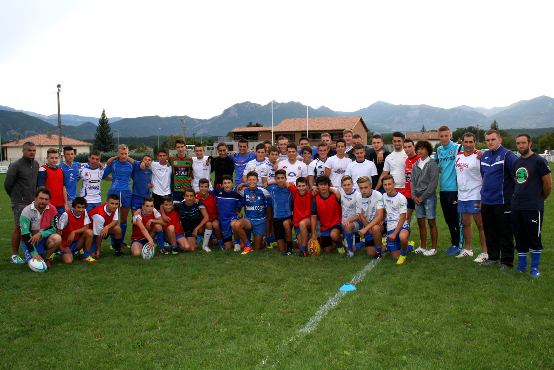 Le rugby est roi actuellement en Angleterre et à Sisteron il fait lever les foules !
