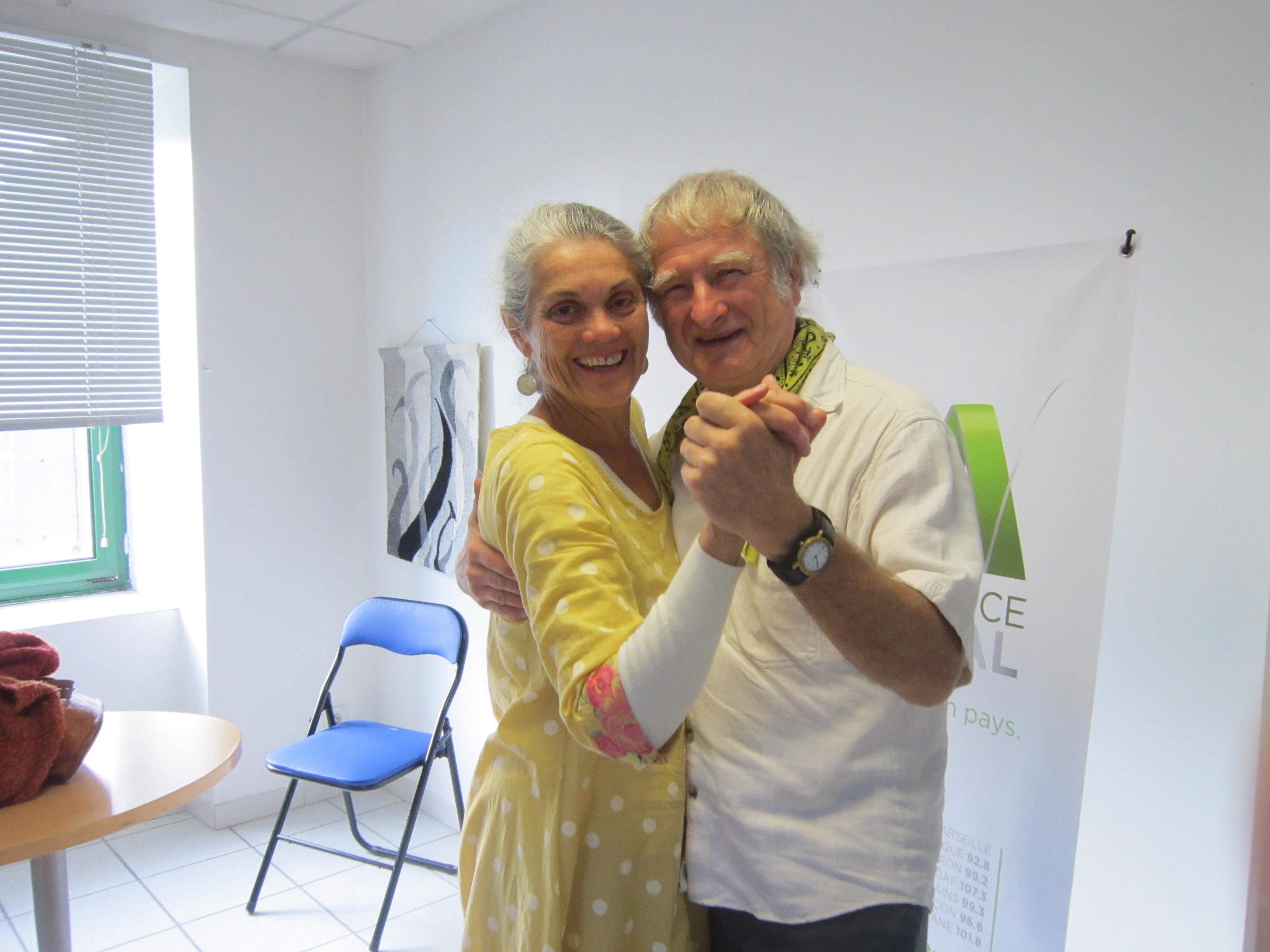 Des cours de tango à Dauphin
