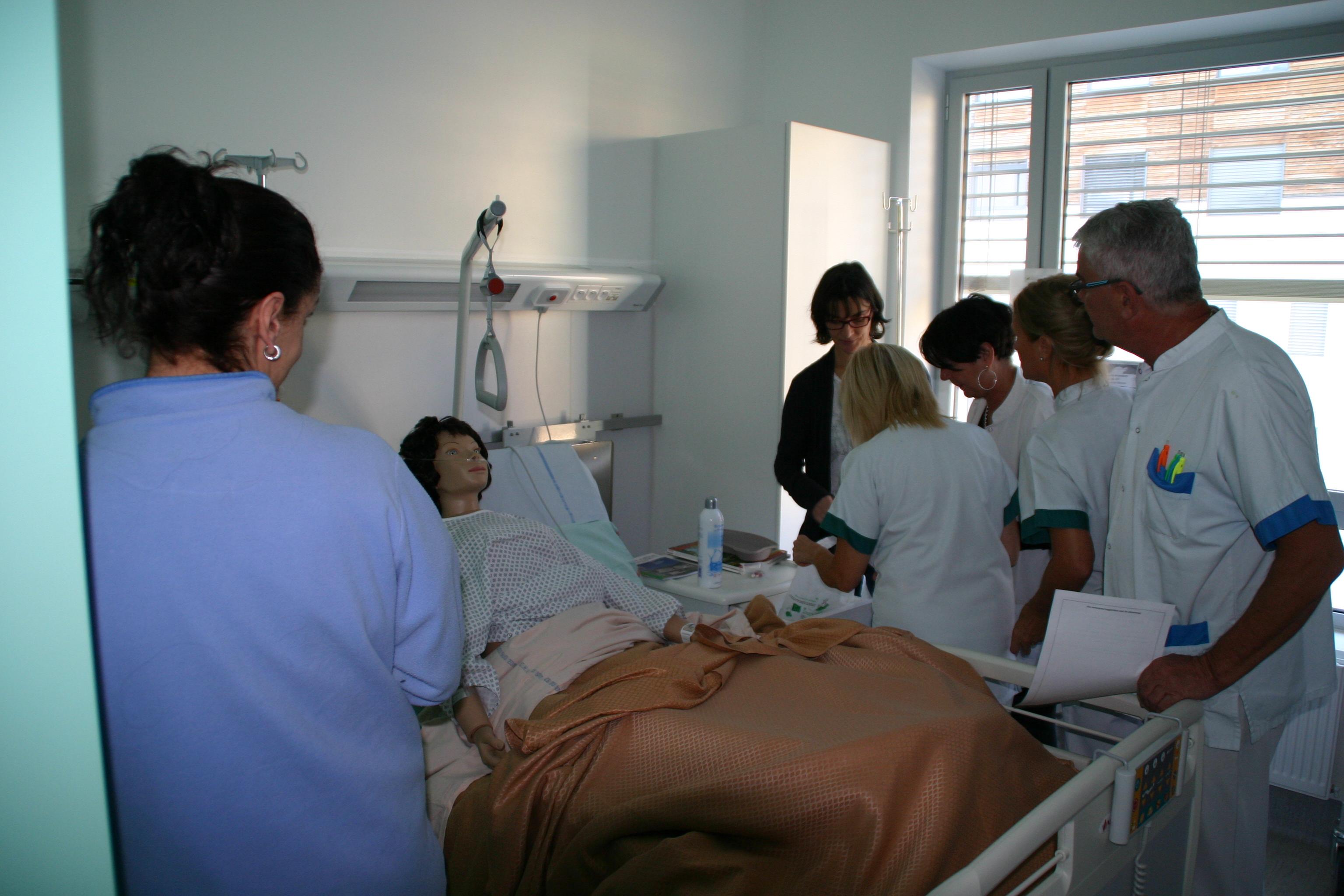 Une opération originale pour parler hygiène à l'hôpital.