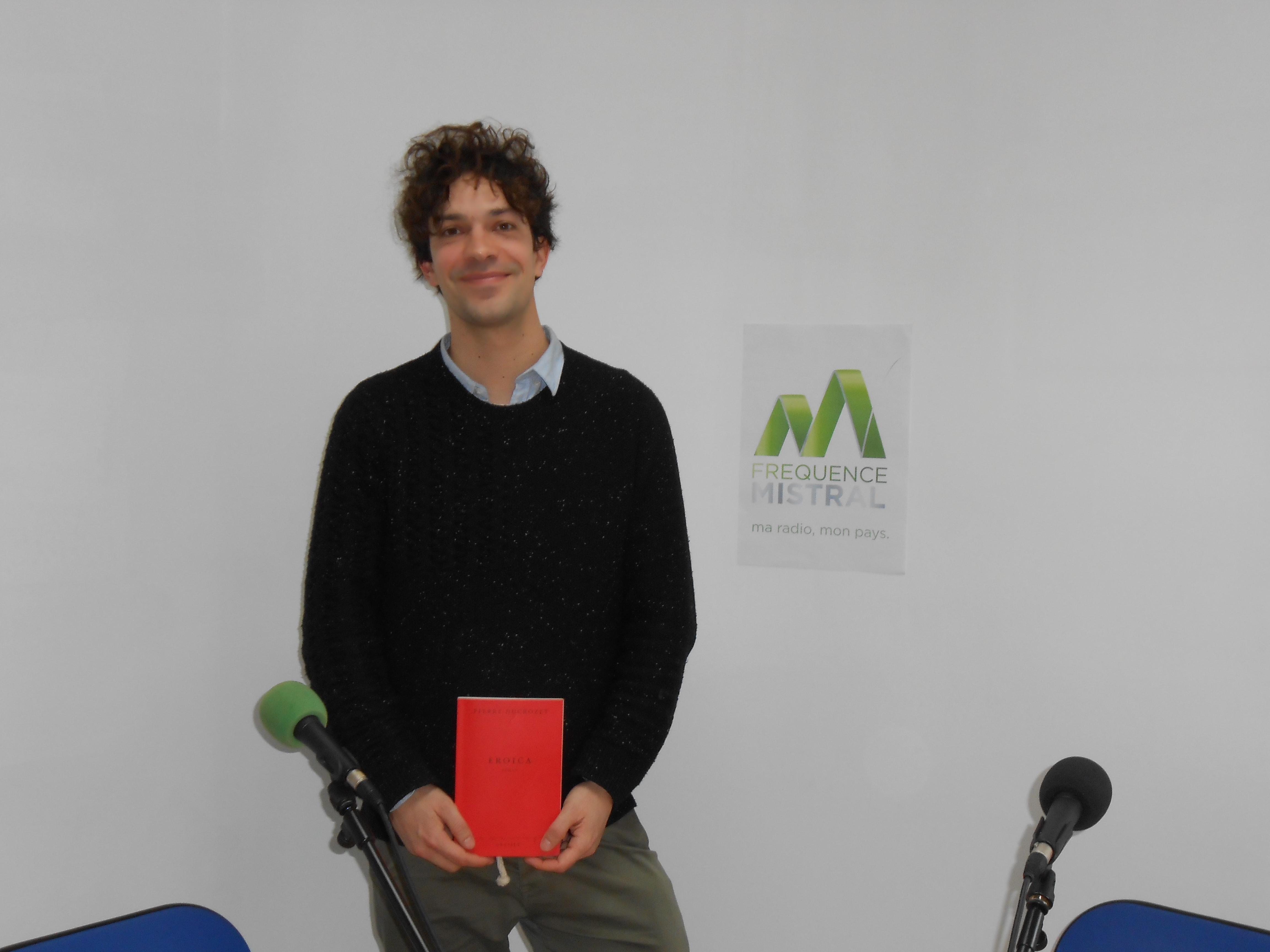 Pierre Ducrozet  un auteur en résidence à Manosque