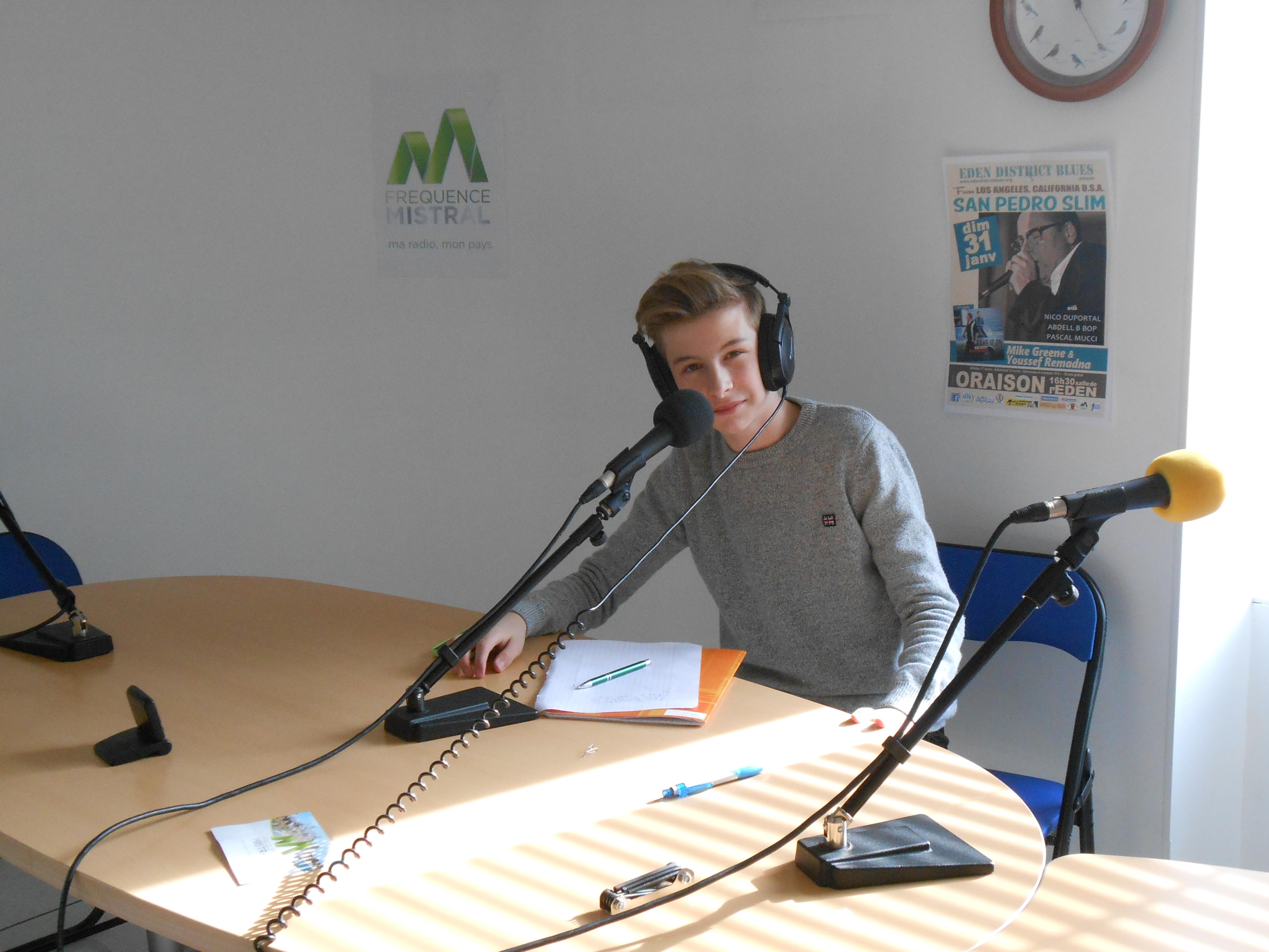 Antoine, stagiaire, finit sa semaine chez Fréquence Mistral Manosque