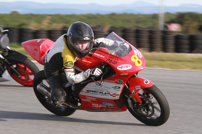 Loris, 13 ans et déjà un nom dans le monde de la moto !