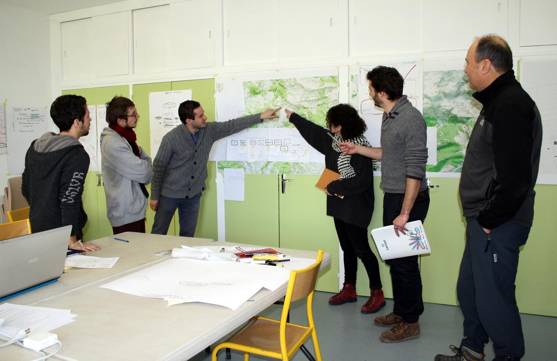 De futurs architectes en atelier à Saint Geniez et Authon !
