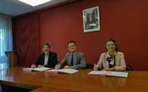 Une convention pour améliorer l'usage du numérique dans les écoles rurales des Alpes de Haute-Provence