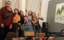 Les indignes 6 - infos - humour - interview -