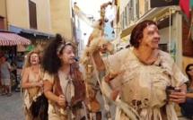 Oyez ! Gente dame, noble seigneur, franc bourgeoise et franc bourgeois, la fête médiévale se prépare !