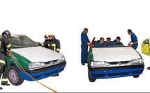Une voiture-puzzle assemblée à Manosque a été remise aux pompiers du 04