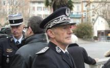 L'hommage émouvant aux policiers tués lors des attentats terroristes.