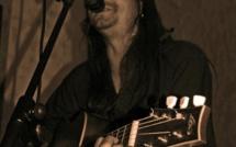 """Sandro Lima en concert au bar """"Le Saxo"""" à Briançon vendredi 1er avril"""